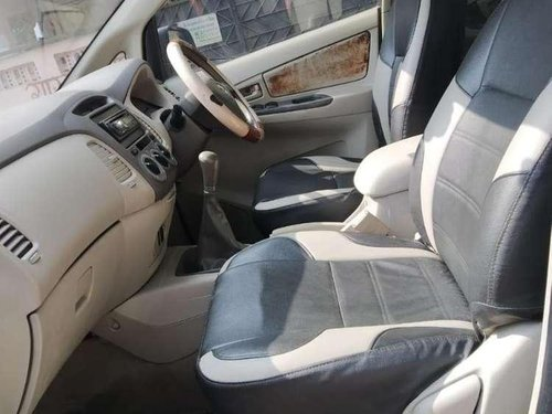 Toyota Innova 2011 MT for sale in Nagpur