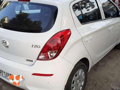 Hyundai i20 Magna 2012 MT for sale in Chandigarh