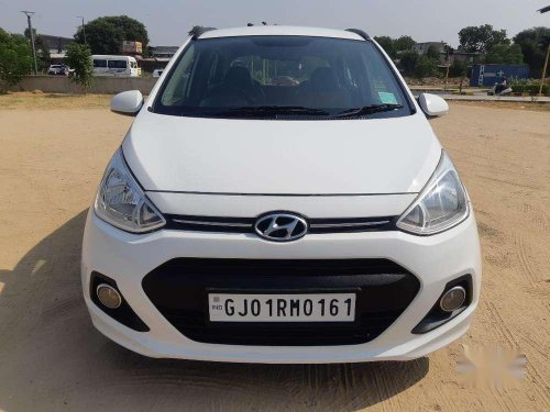 Used Hyundai Grand i10 Sportz 2015 MT in Ahmedabad