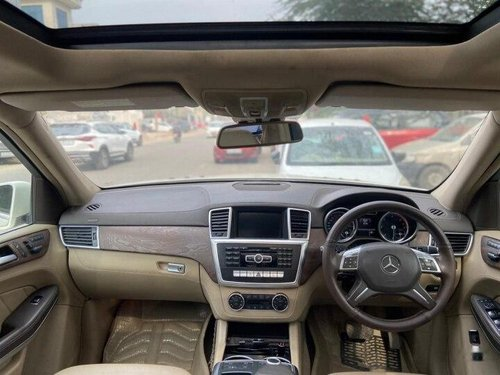 Used 2014 Mercedes Benz GL-Class AT for sale in New Delhi