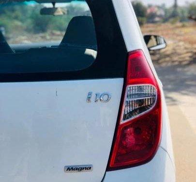 Hyundai i10 Magna 2011 MT for sale in Ahmedabad