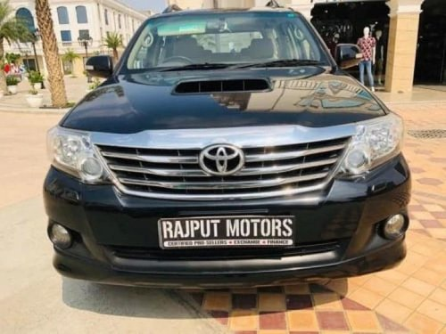 2013 Toyota Fortuner 4x2 AT in Faridabad