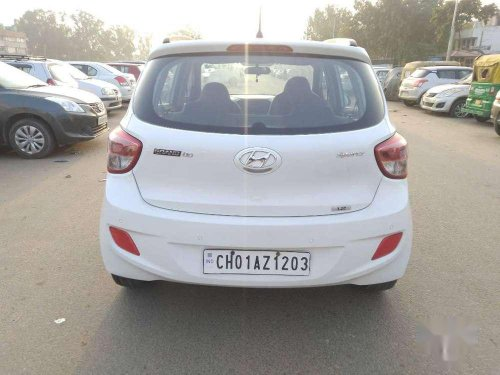 Used Hyundai Grand i10 Sportz 2014 MT for sale in Chandigarh