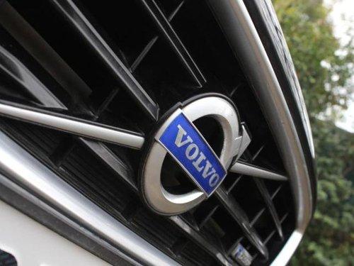 Used Volvo V40 2015 AT for sale in New Delhi