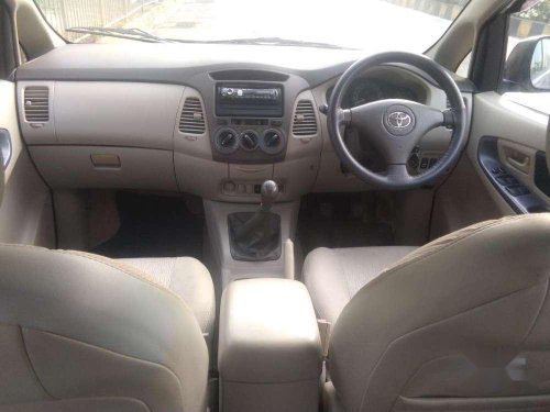 Used Toyota Innova 2009 MT for sale in Mumbai -8