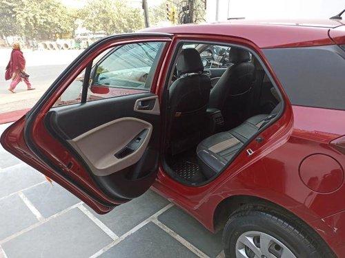 Used Hyundai i20 Sportz 1.4 CRDi 2014 MT in New Delhi