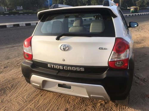 Used Toyota Etios Cross 1.4 GD 2014 MT in Ahmedabad