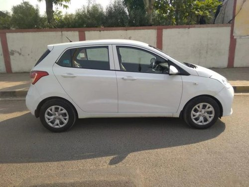 Used 2017 Hyundai i10 Magna MT for sale in Ahmedabad