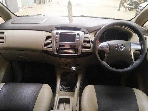 Toyota Innova 2.5 Z Diesel 7 Seater 2014 MT in Mumbai