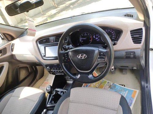 Used Hyundai i20 2017 MT for sale in Ahmedabad -2