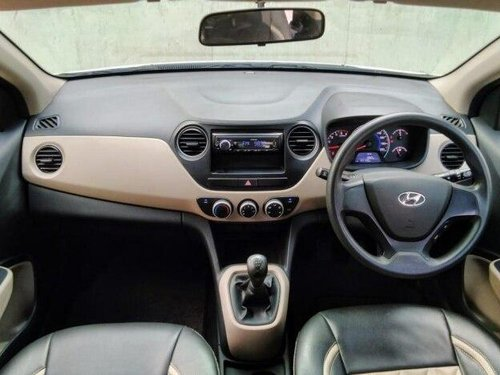 Used Hyundai i10 Magna 2014 MT in Ahmedabad