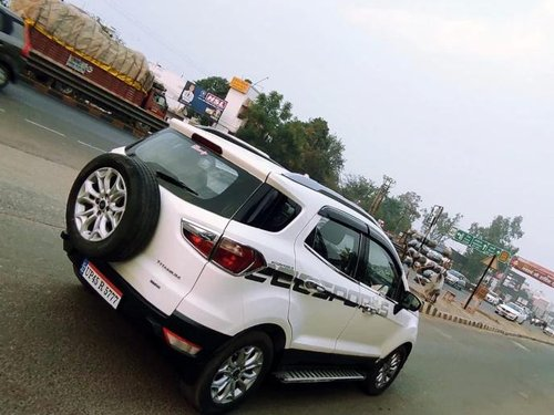 Used Ford EcoSport 2015 MT for sale in Lucknow