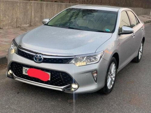Used Toyota Camry 2.5 Hybrid 2017 AT for sale in New Delhi