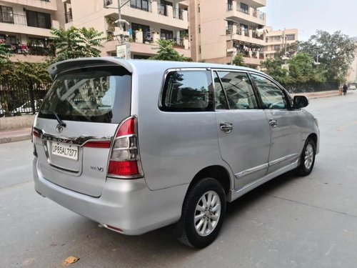 Used 2013 Toyota Innova MT for sale in New Delhi