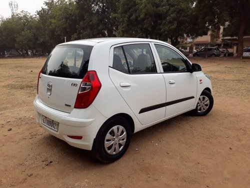 Used Hyundai i10 Magna 2012 MT for sale in Ahmedabad