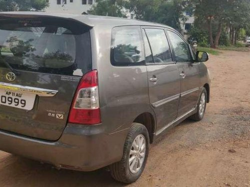 Used Toyota Innova 2013 MT for sale in Hyderabad