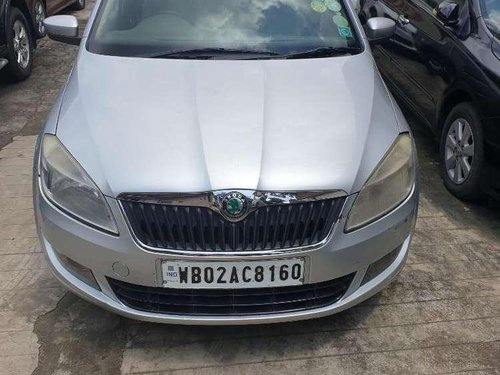 Skoda Rapid 2013 MT for sale in Kolkata-3