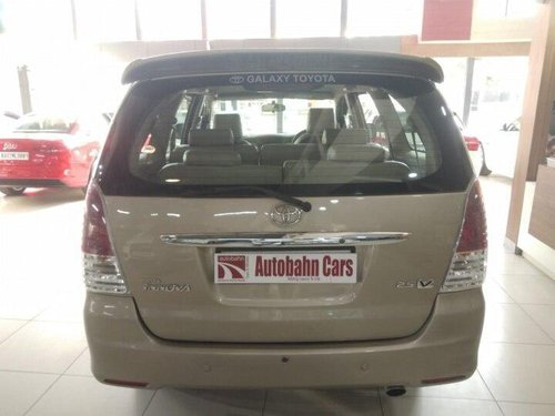 Used Toyota Innova 2011 MT for sale in Bangalore