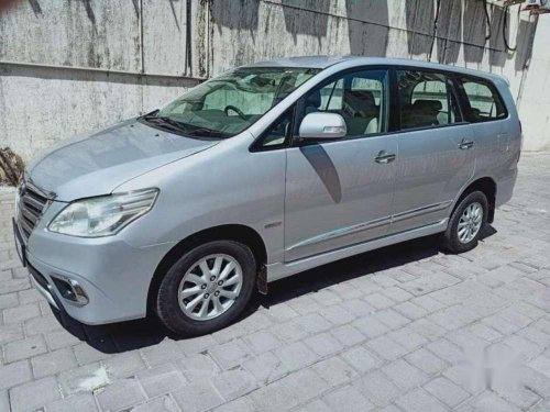Used Toyota Innova 2.5 VX 8 STR 2014 MT in Mumbai-7