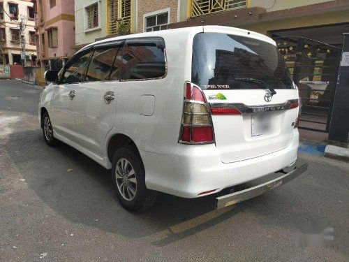 2015 Toyota Innova MT for sale in Kolkata