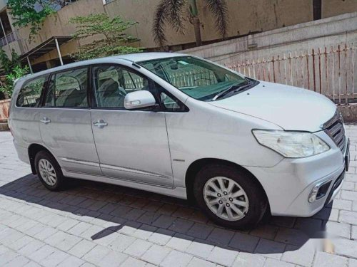 Used Toyota Innova 2.5 VX 8 STR 2014 MT in Mumbai-5