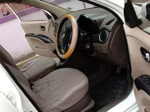 Used Hyundai i10 2012 MT for sale in Kolkata -2