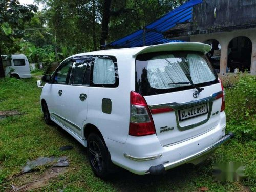 2011 Toyota Innova MT for sale in Perumbavoor