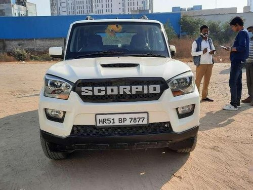 Mahindra Scorpio 2017 MT for sale in Gurgaon