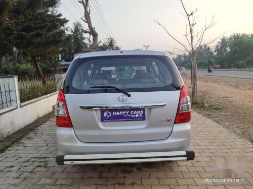 2012 Toyota Innova MT for sale in Kundapur-6