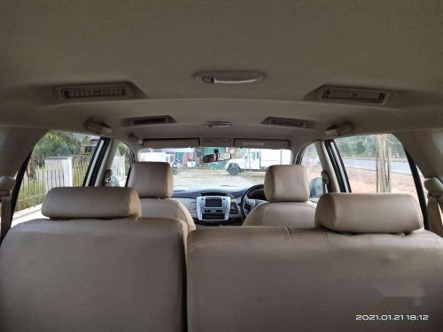 2012 Toyota Innova MT for sale in Kundapur-3