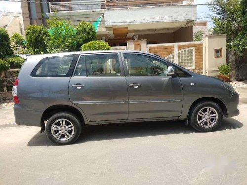 2010 Toyota Innova MT for sale in Jalandhar-12
