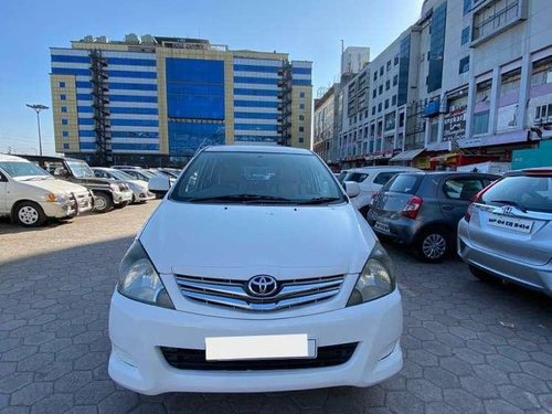 Toyota Innova 2011 MT for sale in Indore