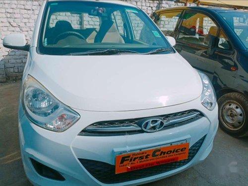 Hyundai i10 2011 MT for sale in Dehradun
