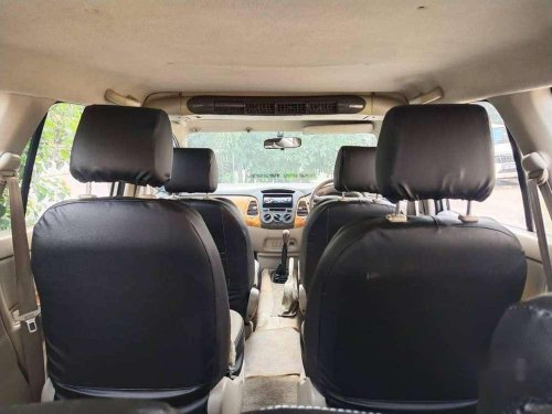 Toyota Innova 2011 MT for sale in Vadodara