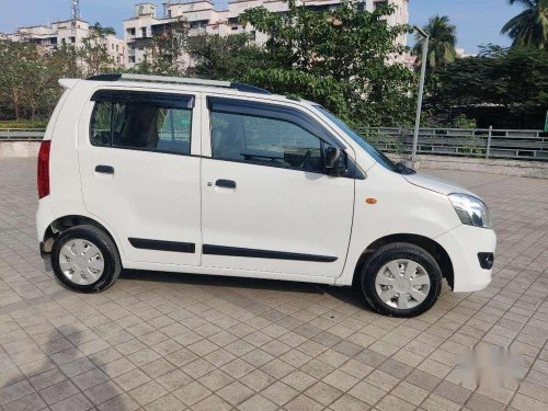 Used 2017 Maruti Suzuki Wagon R LXI CNG MT for sale in Mumbai-17