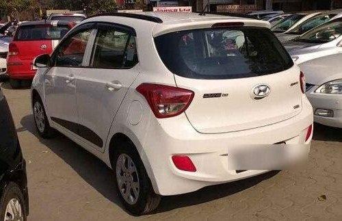 Used Hyundai Grand i10 Sportz 2016 MT for sale in New Delhi