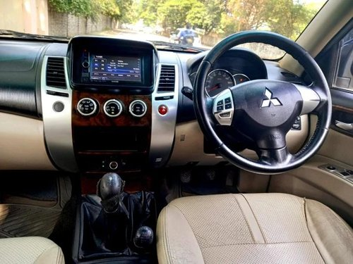 Used Mitsubishi Pajero Sport 4X4 2014 MT for sale in Nashik -3