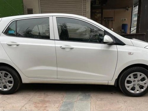 Used Hyundai Grand i10 2017 AT for sale in New Delhi