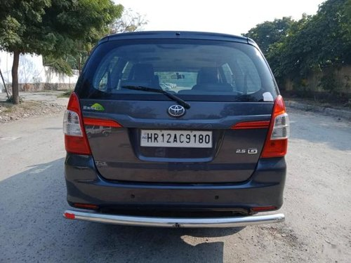 Used 2016 Toyota Innova MT for sale in New Delhi