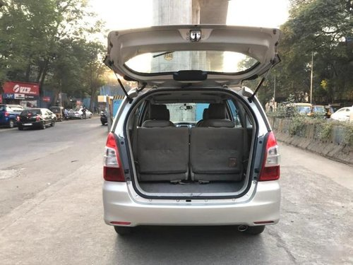 Used 2014 Toyota Innova MT for sale in Thane