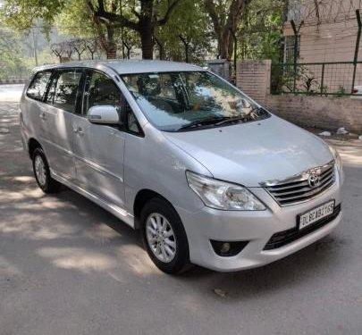 Toyota Innova 2.0 VX 8 STR BSIV 2013 MT for sale in New Delhi