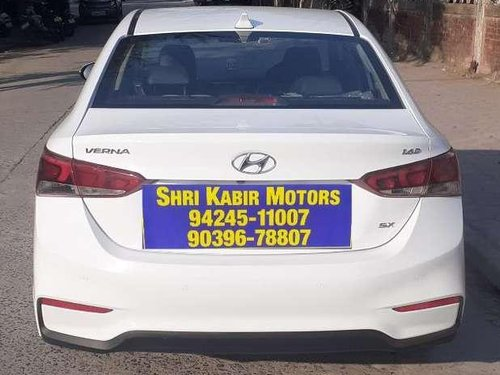 Used 2017 Hyundai Verna MT for sale in Indore -4