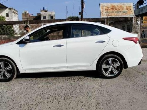 Used 2017 Hyundai Verna MT for sale in Indore -2