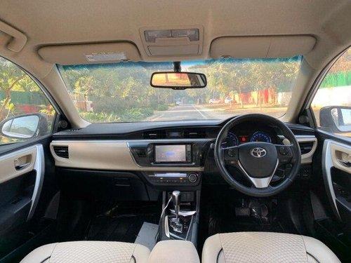 Used Toyota Corolla Altis 2015 AT for sale in New Delhi