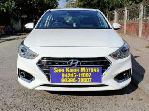 Used 2017 Hyundai Verna MT for sale in Indore -9