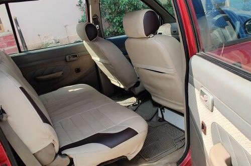 Used Chevrolet Tavera Neo 2009 MT for sale in Hyderabad