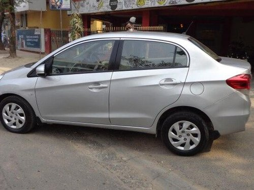 Used 2015 Honda Amaze MT for sale in Kolkata