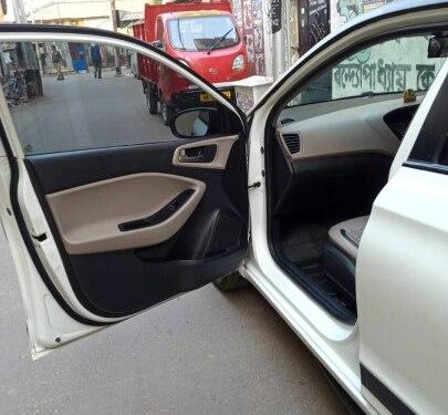 Used Hyundai i20 2016 MT for sale in Kolkata