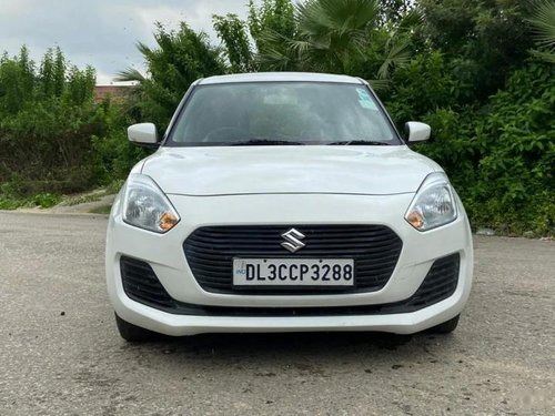 Used 2018 Maruti Suzuki Swift AT for sale in New Delhi