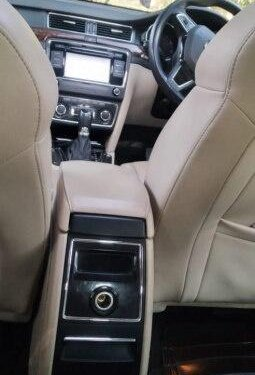 Used 2014 Skoda Superb Elegance 1.8 TSI AT in New Delhi